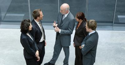 Identifying the Leaders of Leaders